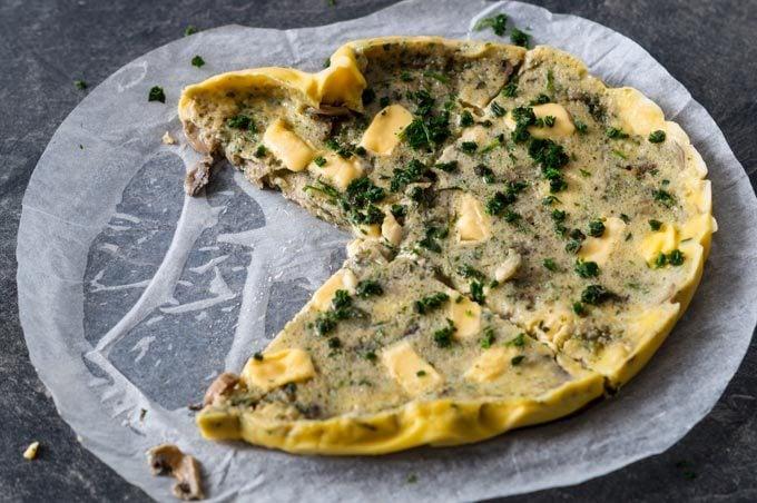 Pilz-Schmelzkäse-Omelett aus dem Varoma des Thermomix