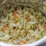 Kohl und Karotten für Krautsalat im Thermomix zerkleinert