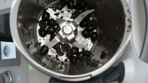 Oliven im Mixtopf