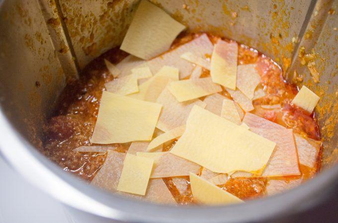 Lasagne-Eintopf aus dem Thermomix - Lasagne-Platten verwenden