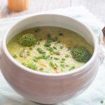 Kohlrabi Brokkoli Suppe mit Avocado aus dem Thermomix
