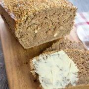 Nuss-Vollkorn-Brot aus dem Thermomix®