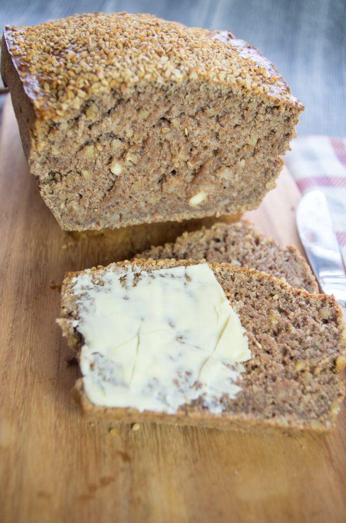 Nuss-Vollkorn-Brot aus dem Thermomix® selbstgemacht, lecker!