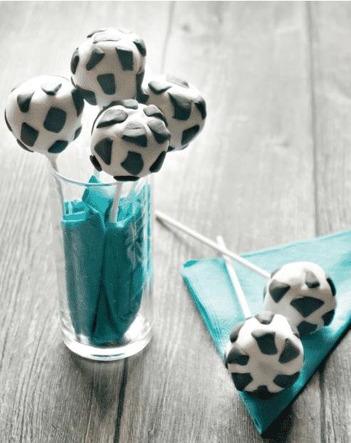 Fußball Cakepops im Glas aus dem Thermomix