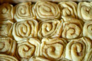 Cinnamon Rolls (Zimtschnecken) aus dem Thermomix® vor dem Backen