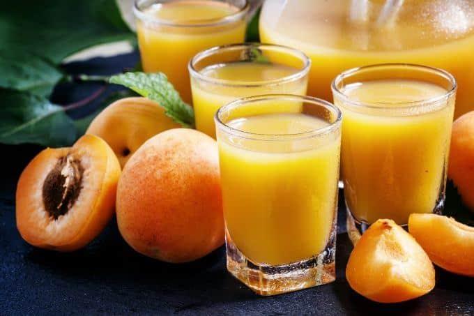 Aprikosenlikör aus dem Thermomix®