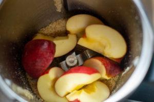 Äpfel im Thermomix Mixtopf