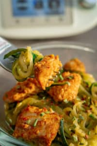 Hühnchen mit Zucchininudeln aus dem Varoma