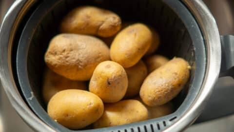 Kartoffeln im Thermomix Gareinsatz kochen