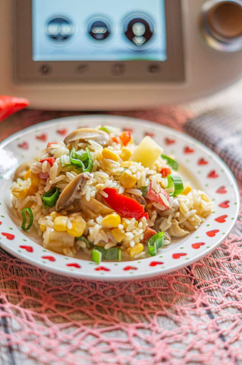 Das leckerste Rezept für Reissalat mit viel Gemüse