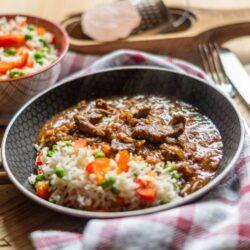 Zwiebelfleisch mit Gemüsereis aus dem Thermomix®