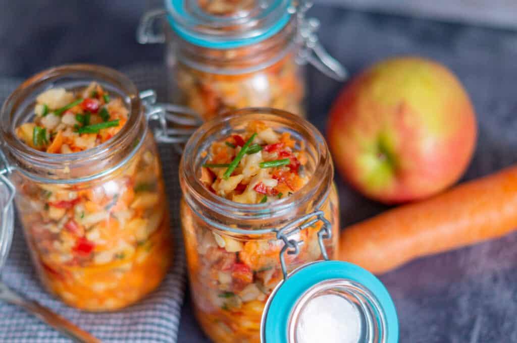 Fitness Salat Rohkost zum Mitnehmen