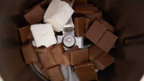 Schokolade und Kokosfett im Thermomix®