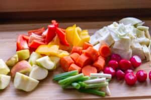 Gesunde Zutaten für Weißkohlrohkost
