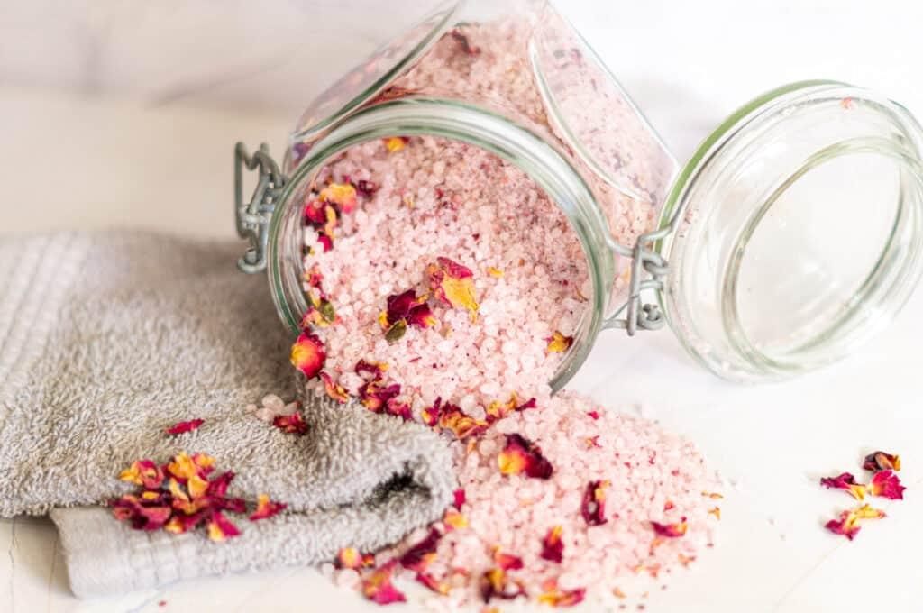 Rosenblüten-Badesalz aus dem Thermomix®