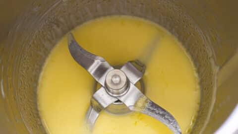 Butter schmelzen im Mixtopf