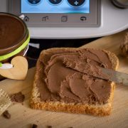 Selbstgemachtes Nutella® (Nuss-Nougat-Creme) aus dem Thermomix®