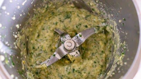 Zitronen-Knoblauch-Fisch Marinade im Thermomix zubereiten