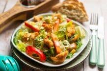 Salat mit gebratenem Hühnerfilet aus dem Thermomix®